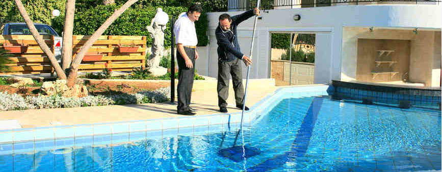 Choosing on a swimming pool contractor