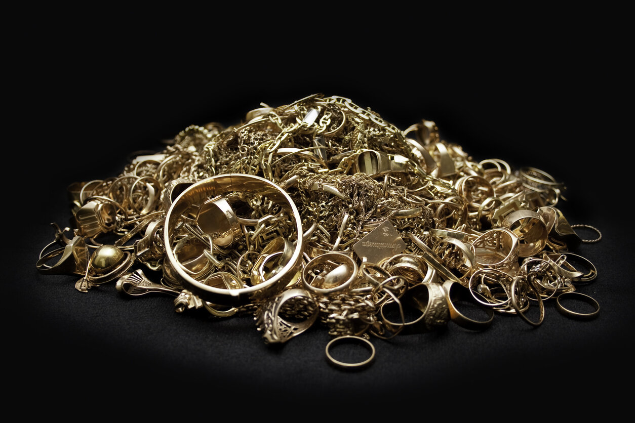 Everything You Need To Know When Selling Scrap Gold